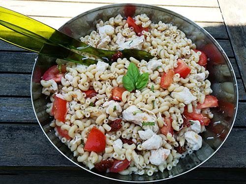 salade de pâtes poulet et tomates notrebonnefranquette